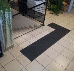 guide pour mettre les escaliers aux normes. Black Bedroom Furniture Sets. Home Design Ideas