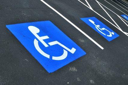 ERP : conseils pour se doter de parkings conformes pour handicapés