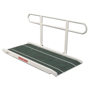 rampe d 39 acc s et l vateur pour fauteuil roulant et pmr. Black Bedroom Furniture Sets. Home Design Ideas